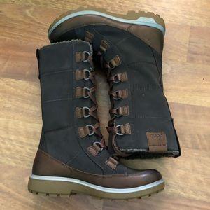 Women's Gora Tall boot hiking inspired